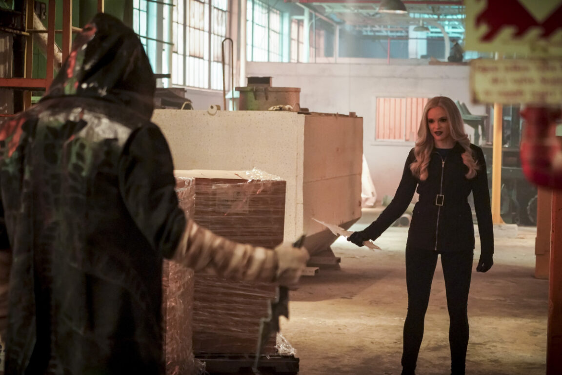 Killer Frost faces off with Cicada.