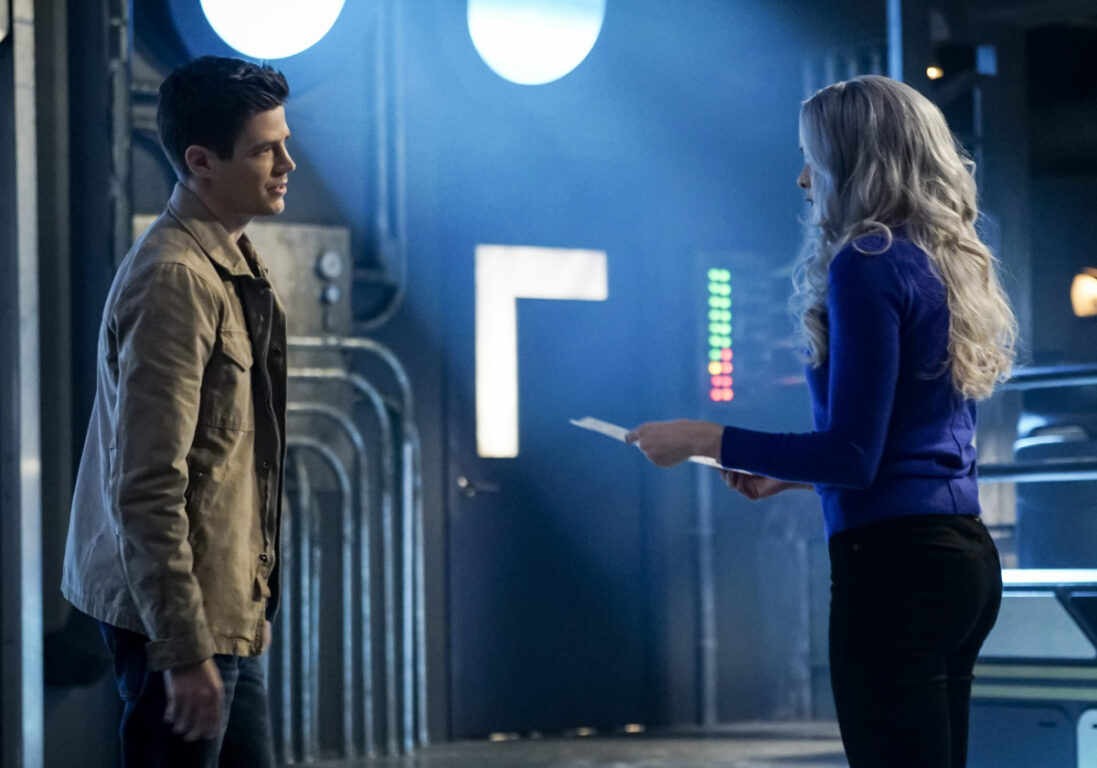 Barry makes plans with Killer Frost