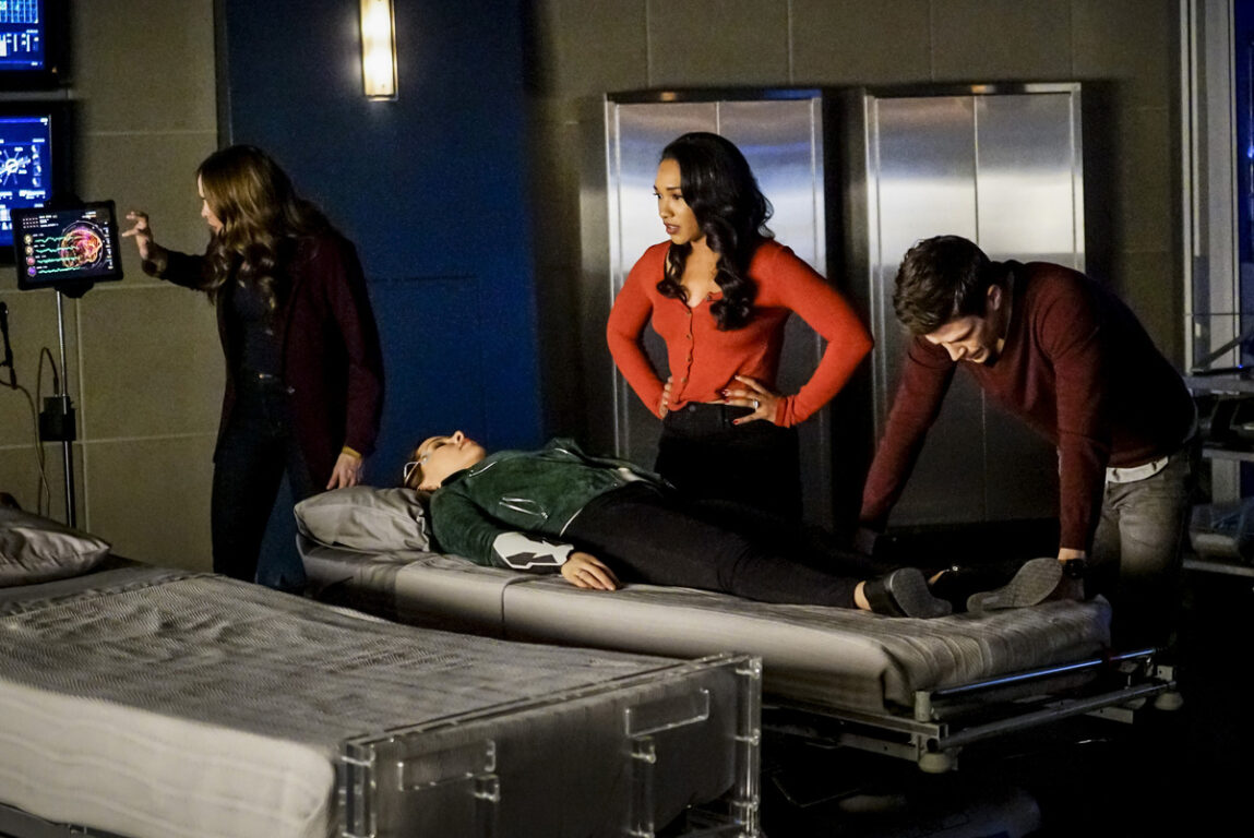 Caitlin explains Nora's condition to Iris and Barry