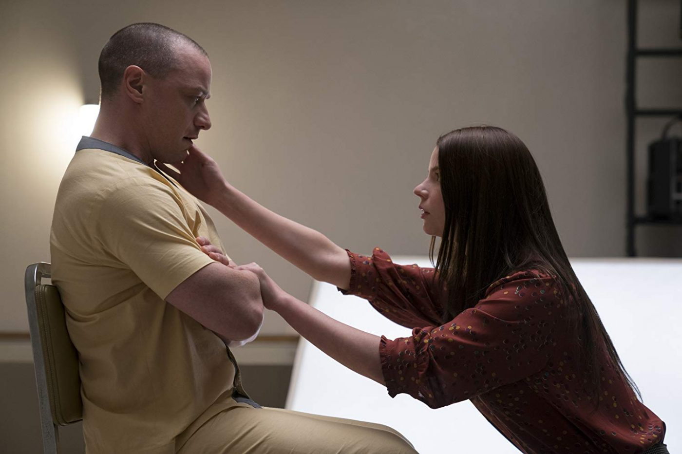 James McAvoy and Anya Taylor-Joy in GLASS