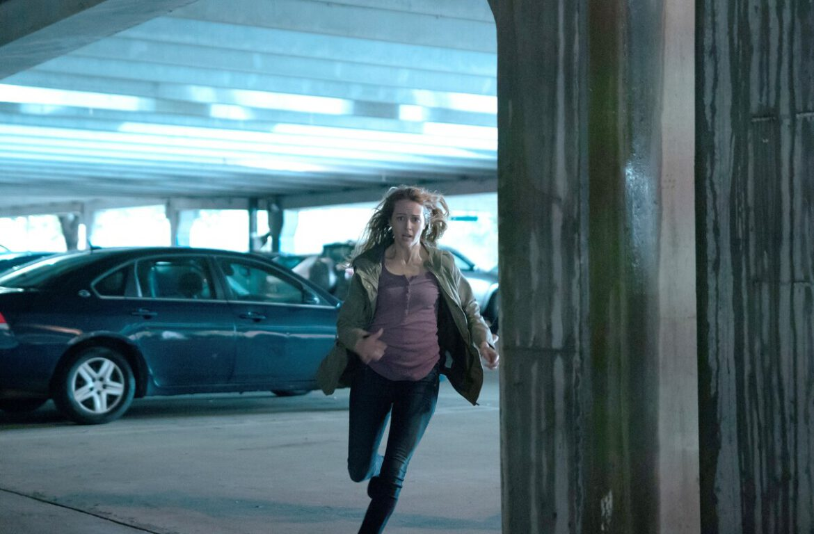 Caitlin runs from the police on The Gifted, Monsters