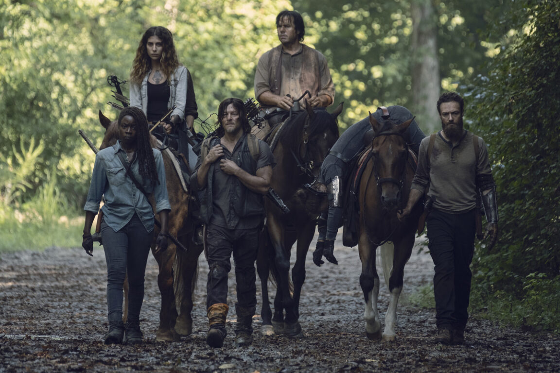 Michonne's group takes Jesus home on The Walking Dead.