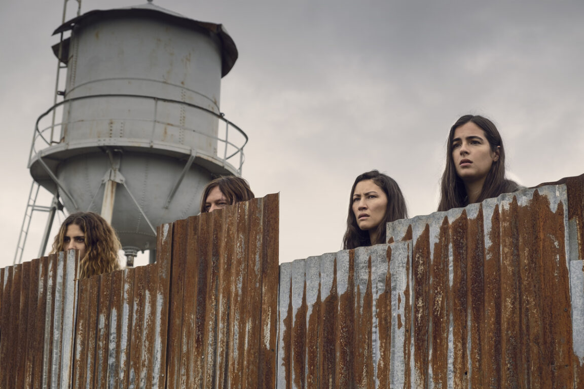 The Hilltop Leaders encounter a new group on the Walking Dead