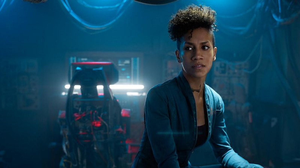 Still of Dominique Tipper as Naomi Nagata in The Expanse.