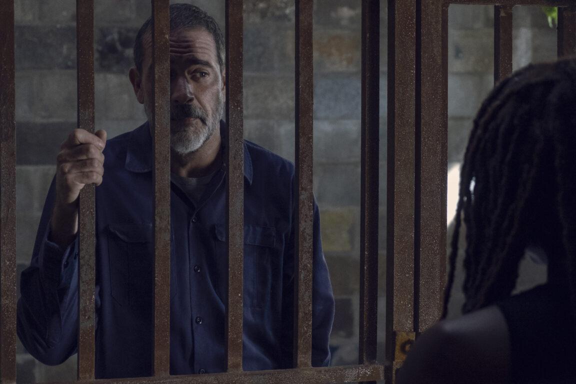 Negan wants to help Michonne on The Walking Dead, Guardians