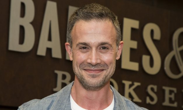 CW's NANCY DREW Cast Freddie Prinze Jr.