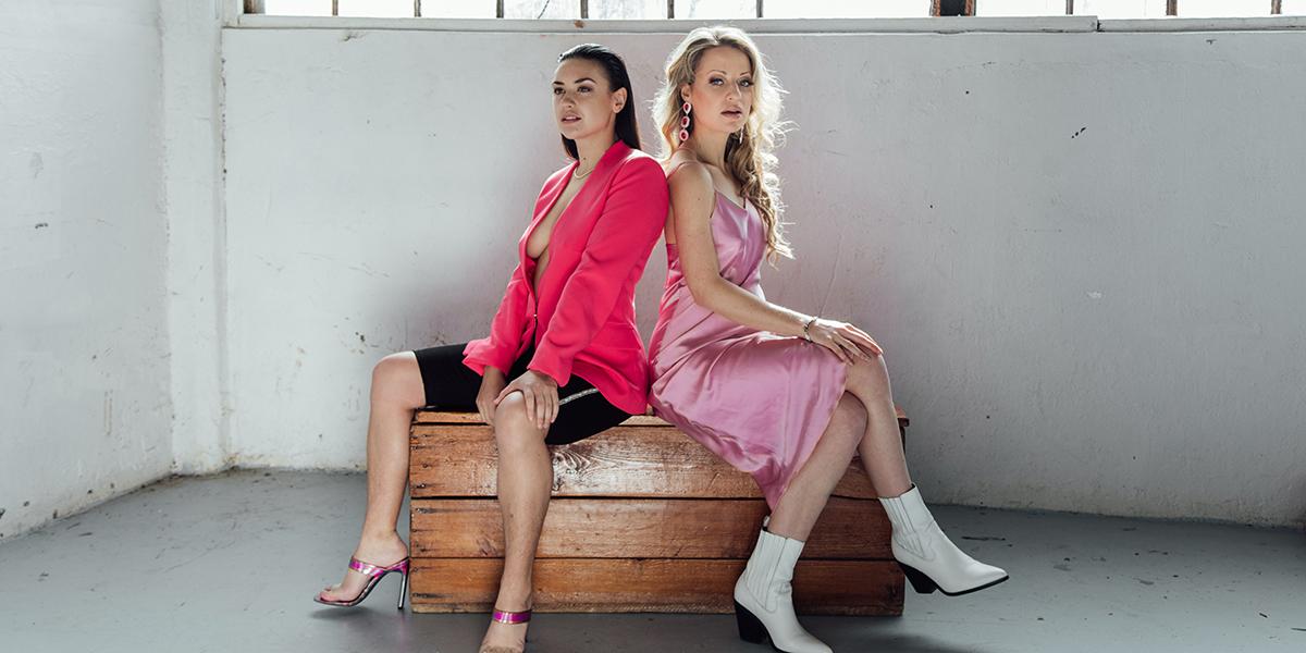 Gwenlyn Cumyn & Karen Knox in character on BARBELLE