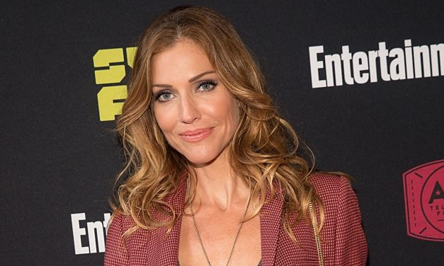 Tricia Helfer Returns to Syfy to Play Dracula in VAN HELSING