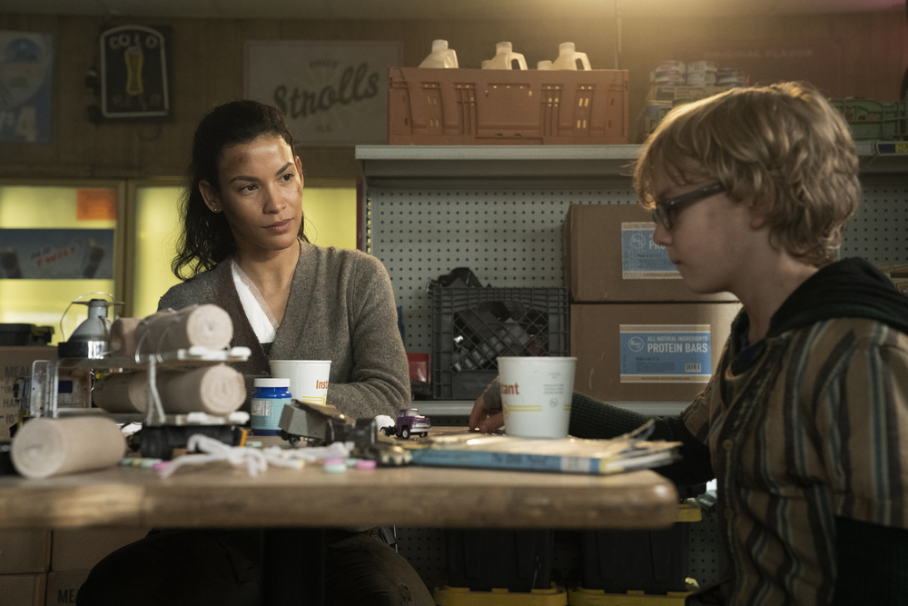 Luciana introduces Dylan to the Little Prince on Fear the Walking Dead