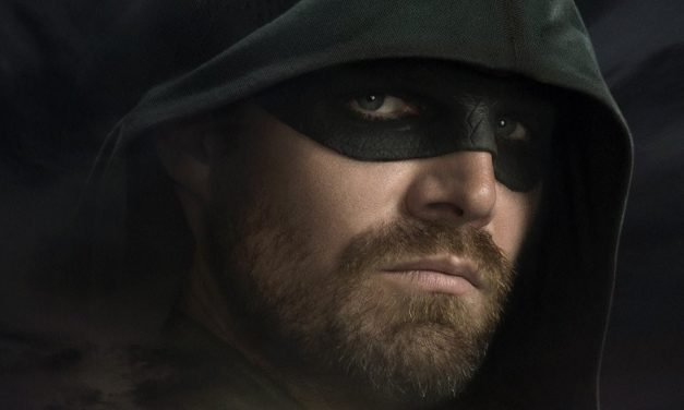 A Legend Rises in the ARROW Final Season Poster