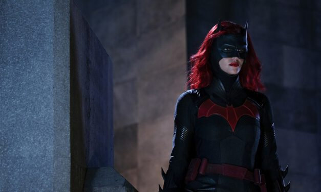 Newest BATWOMAN Promo Suggests Kate is Hanging Up Her Cape