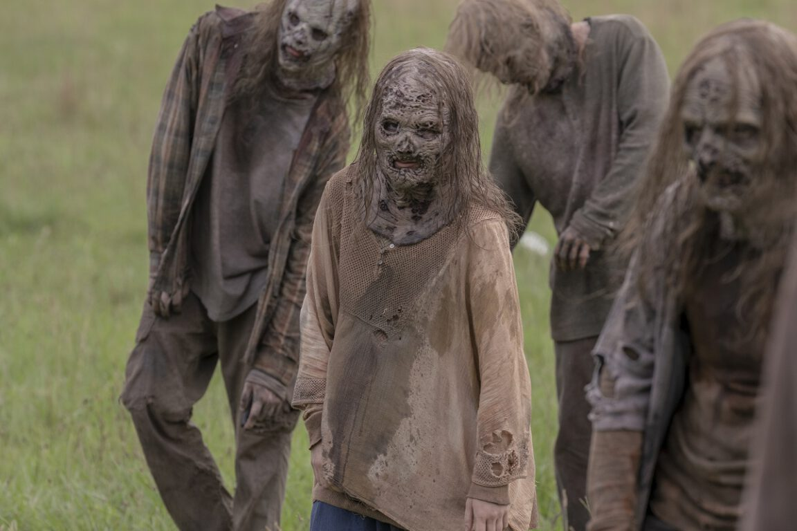 """The Whisperers return on The Walking Dead, """"We Are the End of the World"""""""