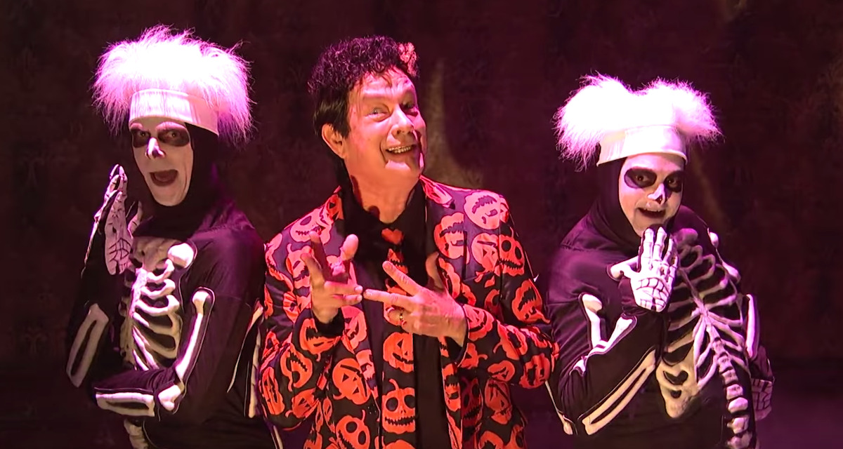 What We Deserve Today – One Hour of David S. Pumpkins!