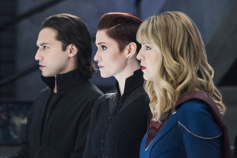 A new foe threatens Team Supergirl in this weeks Into the Arrowverse