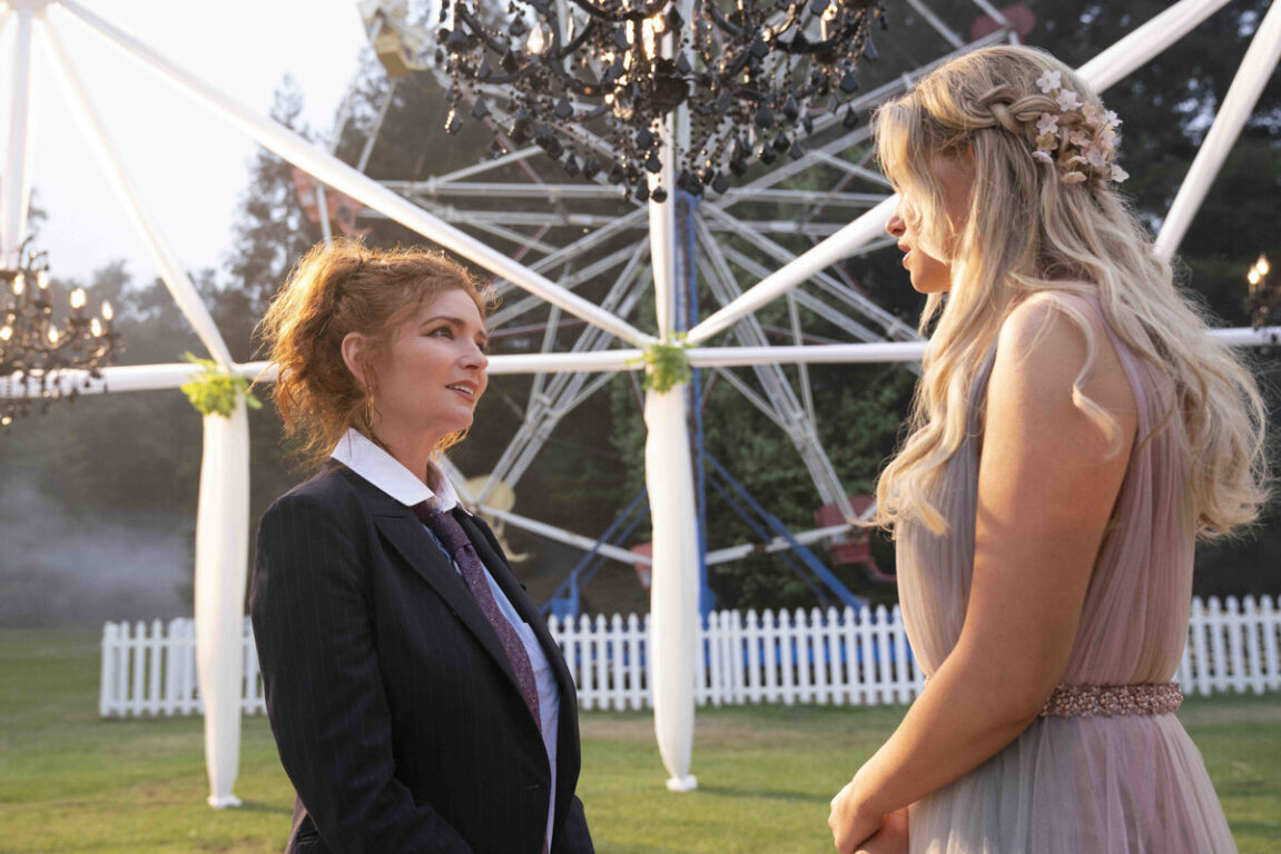 Stacey confronts Karolina in Runaways