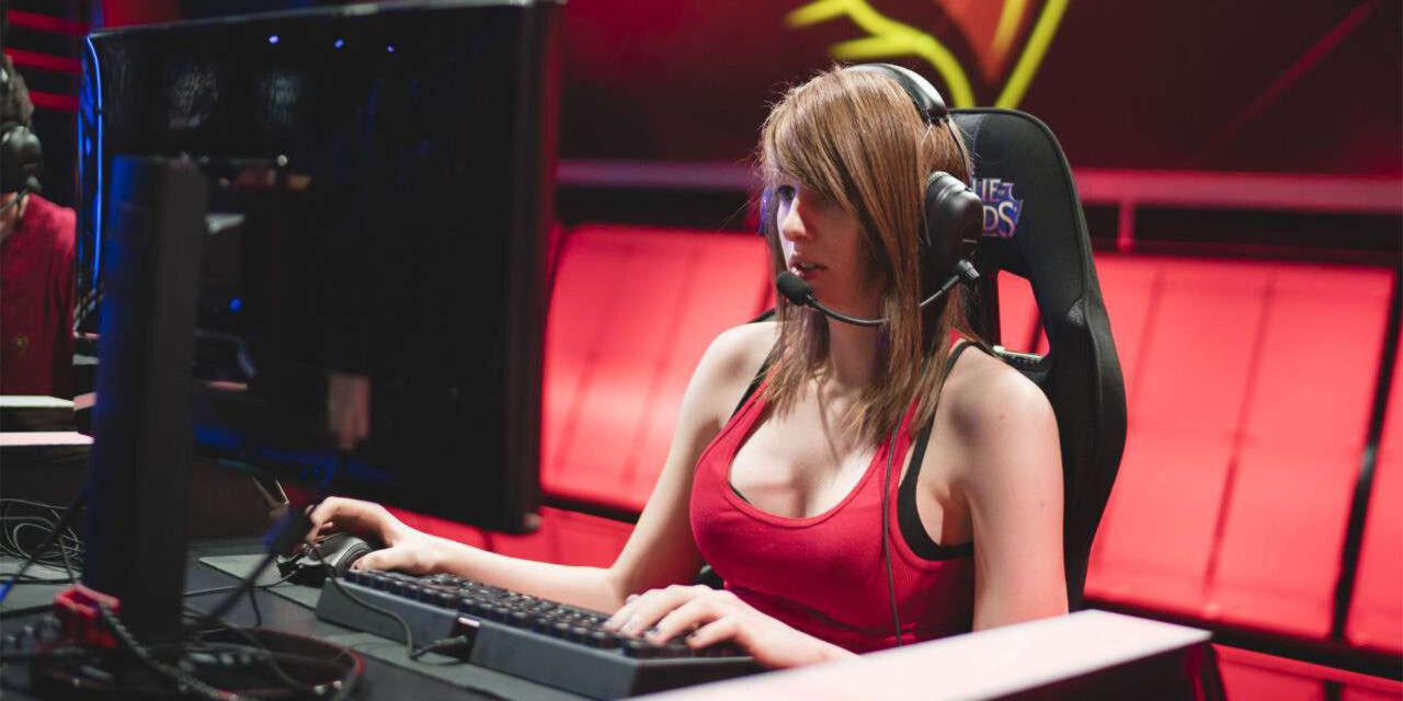 "Pro Gamer Maria ""Remilia"" Creveling Passes at 24"