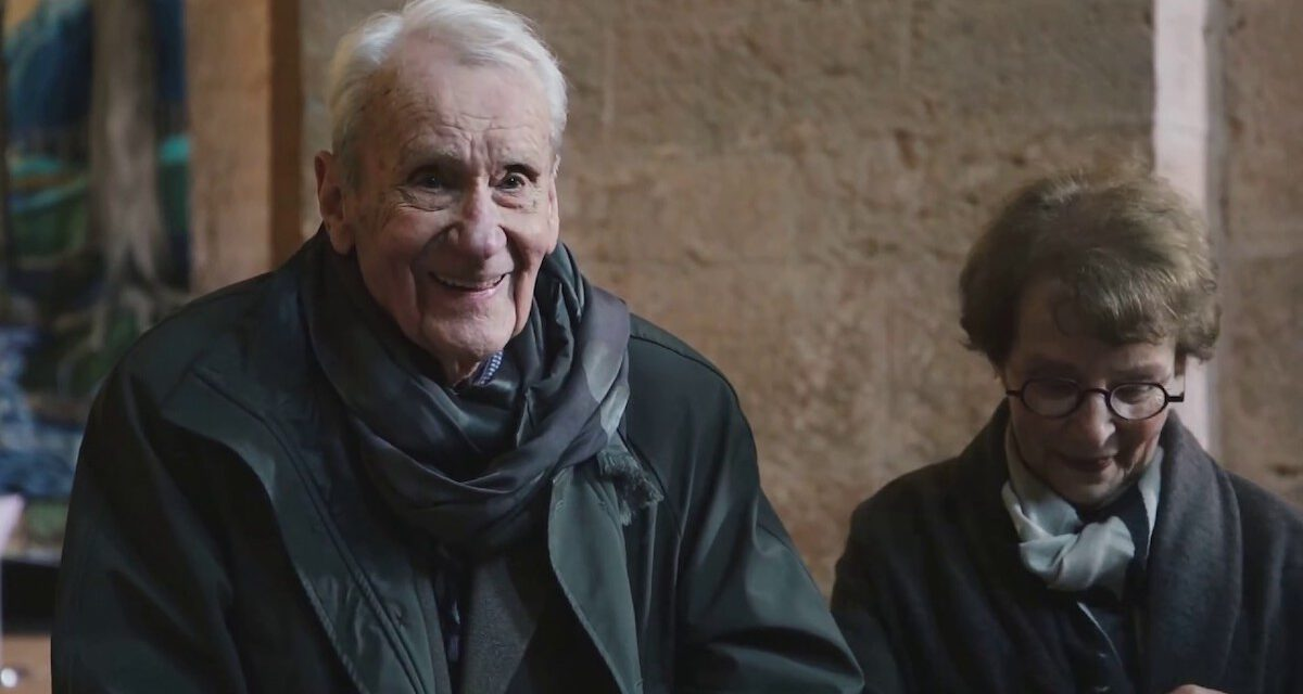 Middle-Earth Fans Mourn the Passing of CHRISTOPHER TOLKIEN