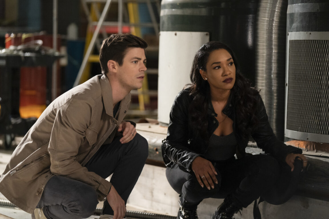 Barry and Iris team up to catch a thief.