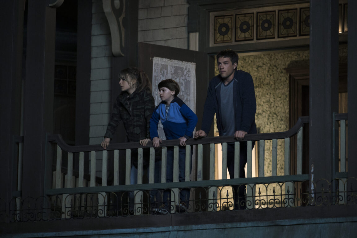 Emilia Jones as Kinsey, Jackson Robert Scott as Bode, Connor Jessup as Tyler in Locke and Key 'Crown of Shadows'