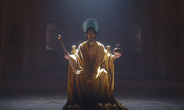 Dev Patel Is Sir Gawain in Frightening THE GREEN KNIGHT Trailer