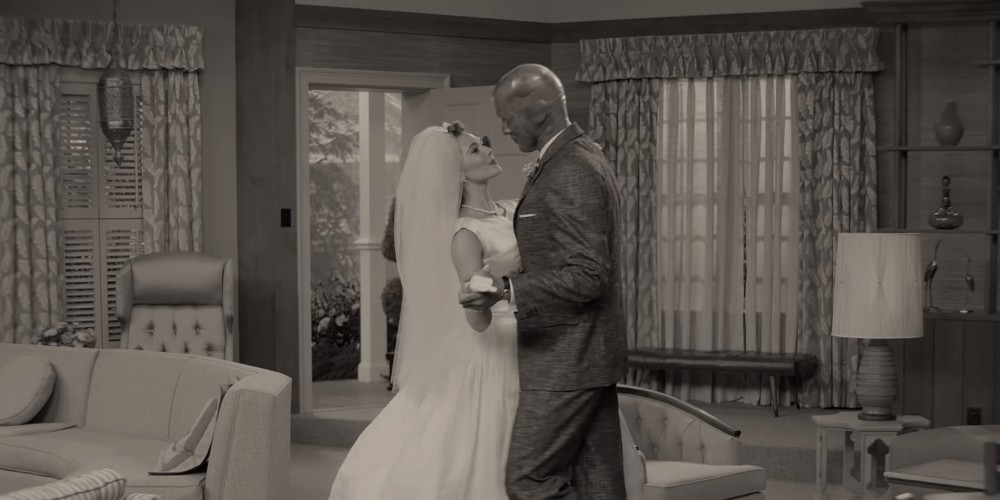 WANDAVISION Trailer Reveals a 1950s Blissful Dreamscape