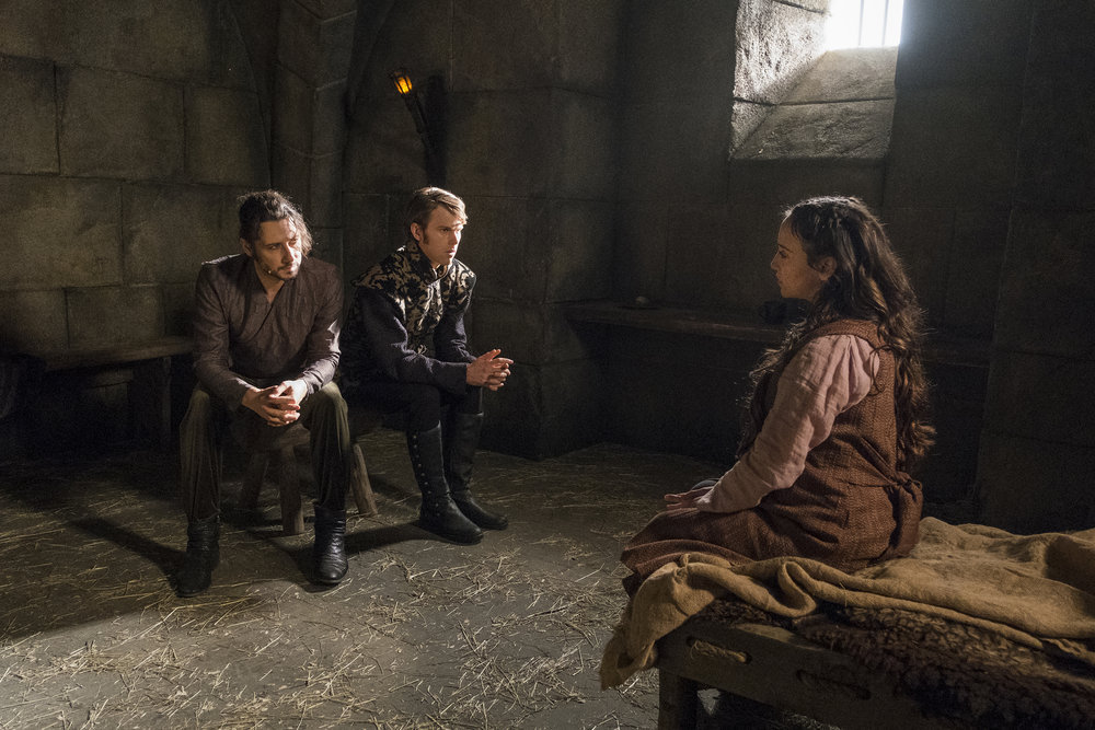 Still of Hale Appleman, Spencer Daniels and Stella Maeve in The Magicians