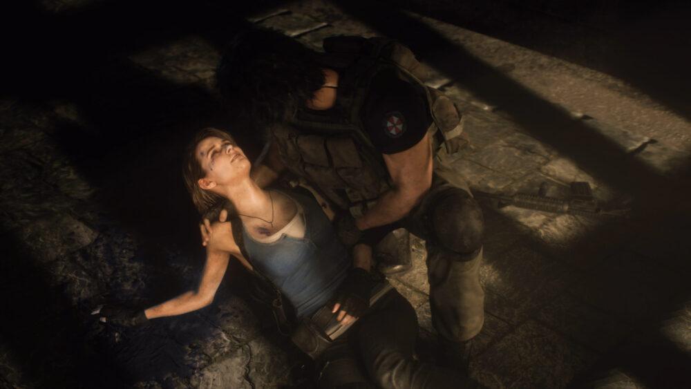 Carlos holding Jill in Resident Evil 3 Remake.