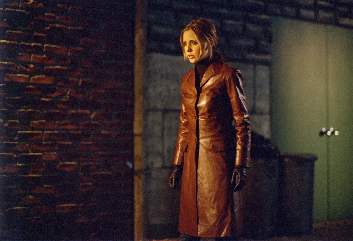 Buffy wearing a leather jacket