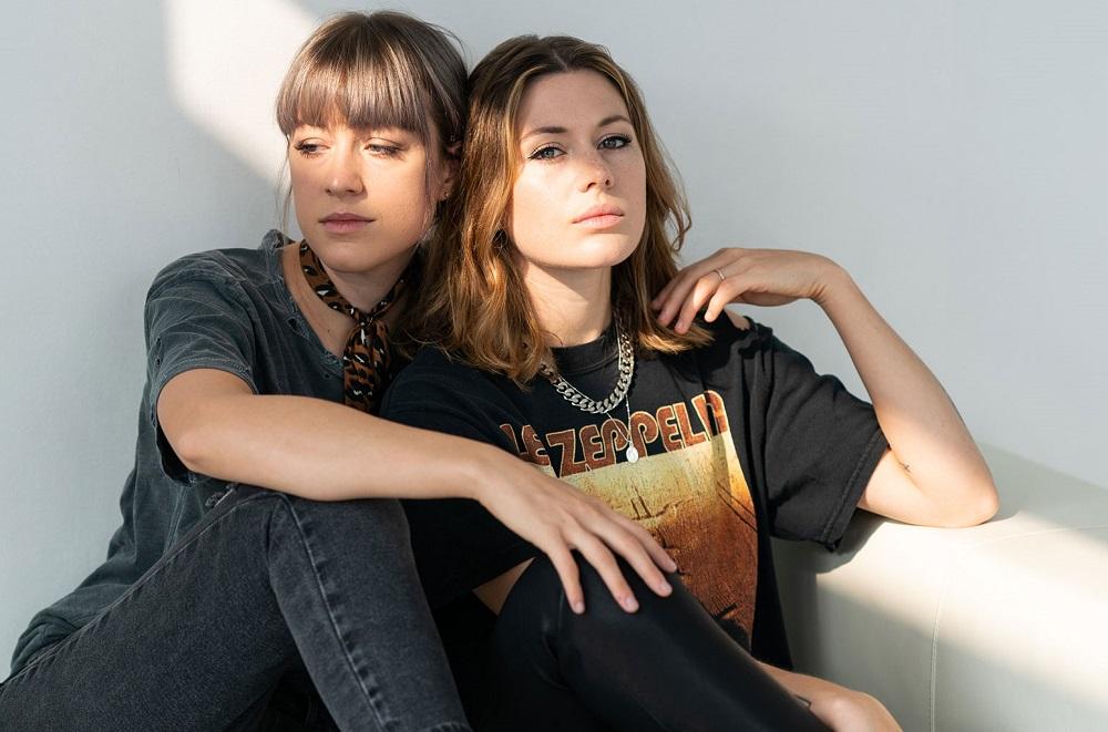 Megan and Rebecca Lovell of Larkin Poe