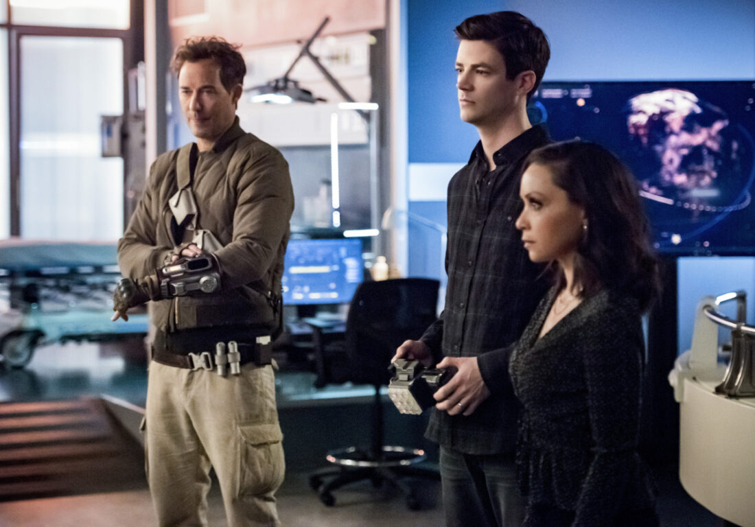 Tom Cavanagh as Nash Wells, Grant Gustin as Barry Allen and Danielle Nicolet as Cecile Horton in The Flash
