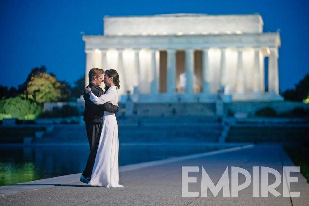 Empire Magazine Exclusive: Gal Gadot as Diana Prince and Chris Pine as Steve Trevor for Wonder Woman 1984