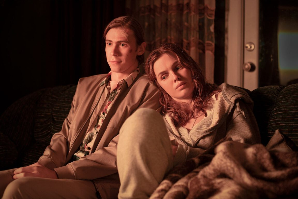 Owen Teague as Harold Lauder and Odessa Young as Frannie Goldsmith in The Stand