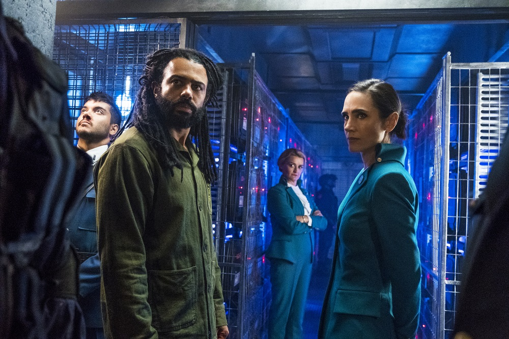 Still of Daveed Diggs and Jennifer Connelly in Snowpiercer.