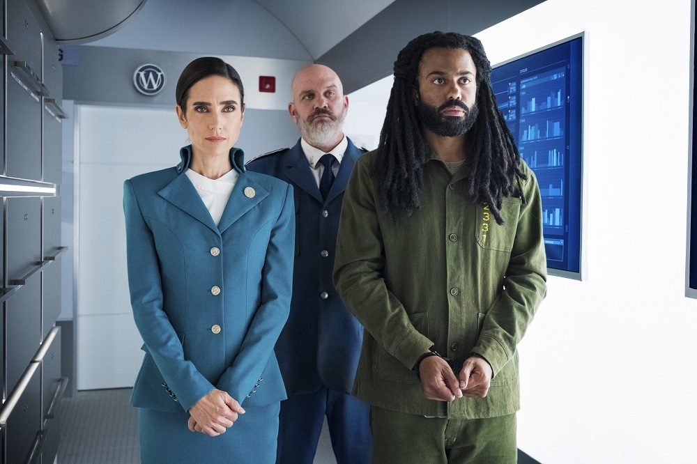 Still of Jennifer Connelly, Mike O'Malley, and Daveed Diggs in Snowpiercer.