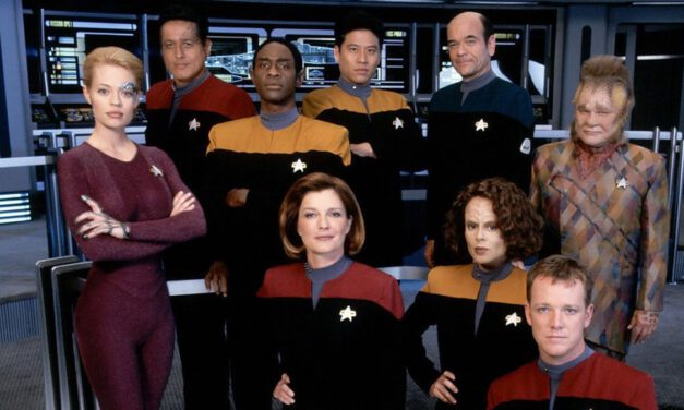 STAR TREK: VOYAGER Cast Will Reunite for 25th Anniversary on 'Stars in the House'