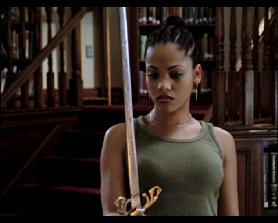 Still of Bianca Lawson as Kendra Young in Buffy the Vampire Slayer.