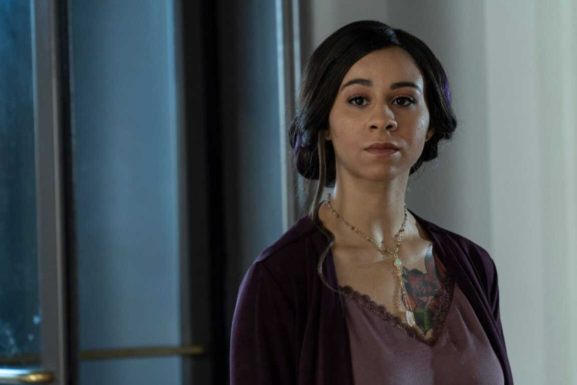 Maggie goes in search of the Hourglass on NOS4A2