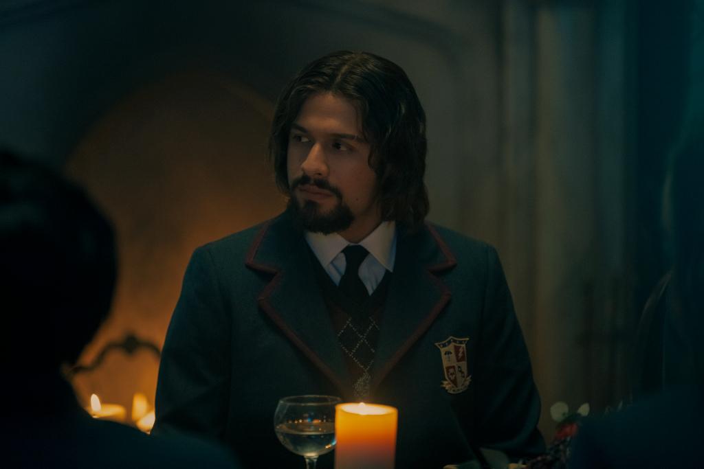 Diego in The Umbrella Academy Season 2 Stills