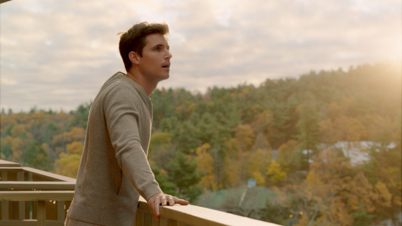 Robbie Amell in Amazon Prime's Upload