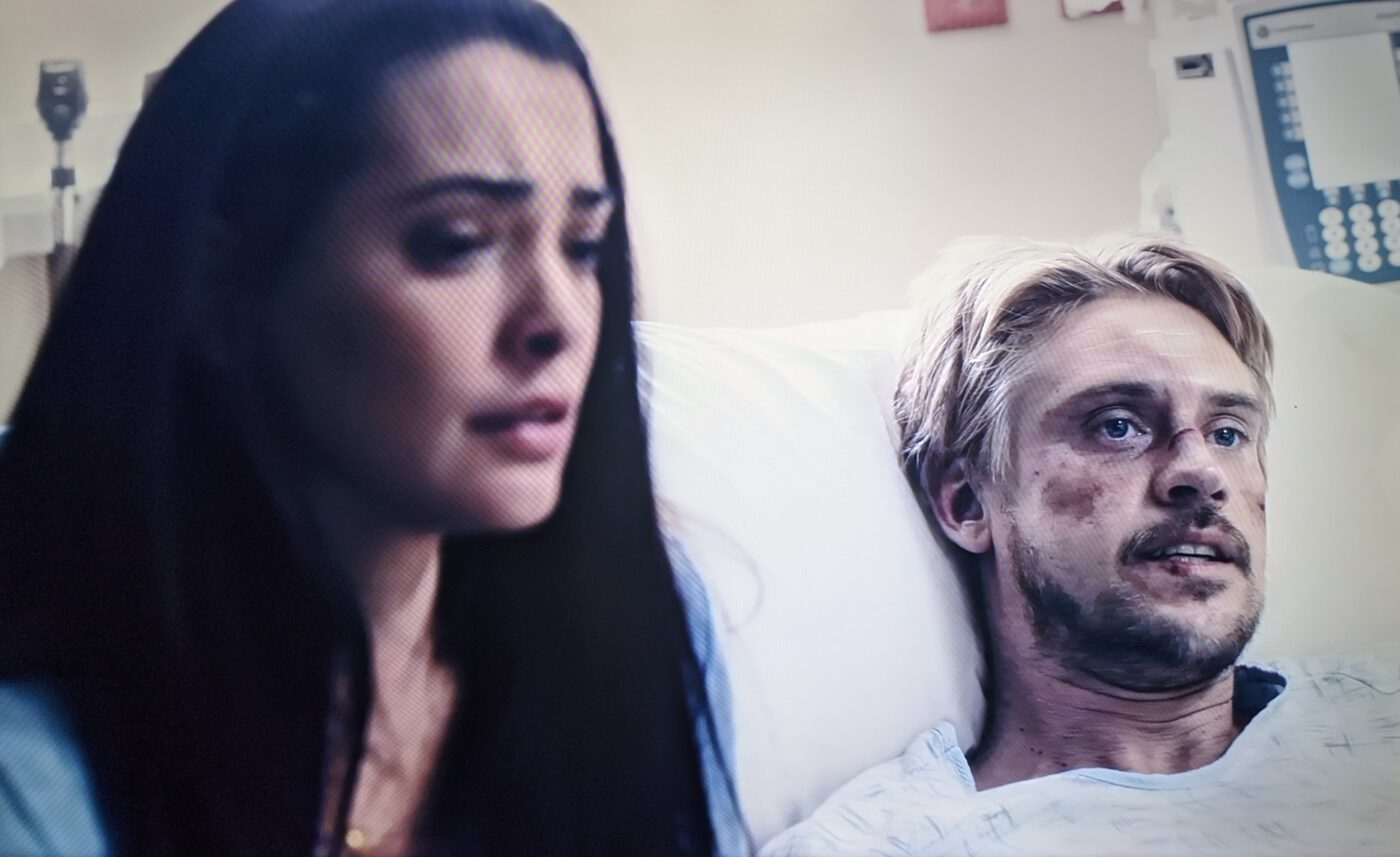 Natalie Martinez, Boyd Holbrook in The Fugitive