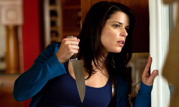 Scream Queen Neve Campbell Returns to SCREAM 5
