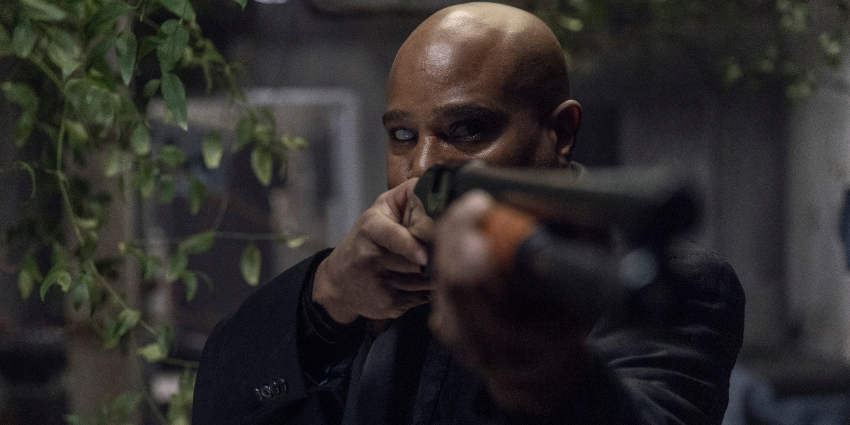 Father Gabriel prepares to face the Whisperers on The Walking Dead, A Certain Doom