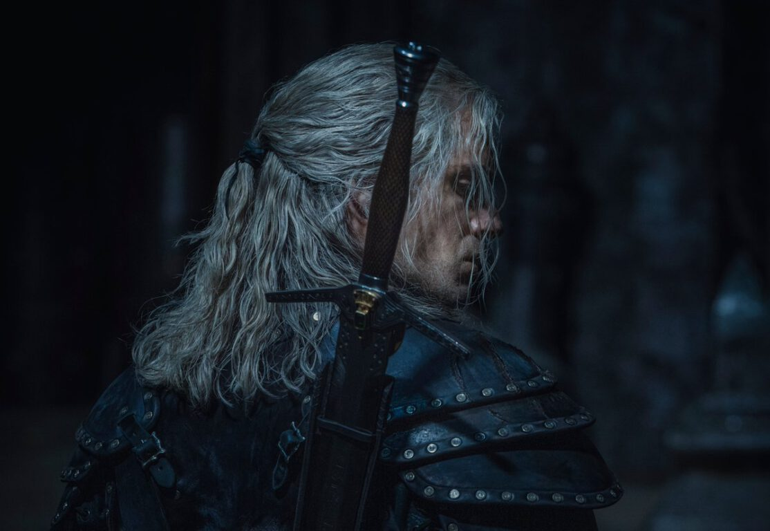 Henry Cavill in his new armor for The Witcher
