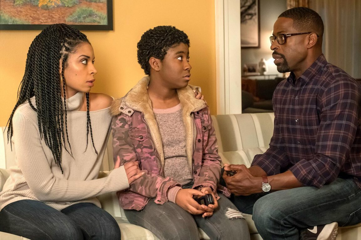 Still of Susan Kelechi Watson, Lyric Ross and Sterling K. Brown in This Is Us.