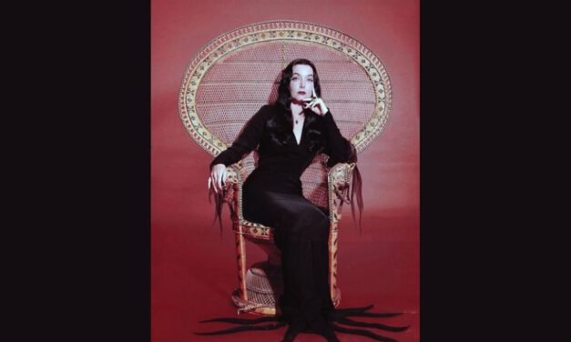 Geek Girl Authority Crush of the Week: MORTICIA ADDAMS