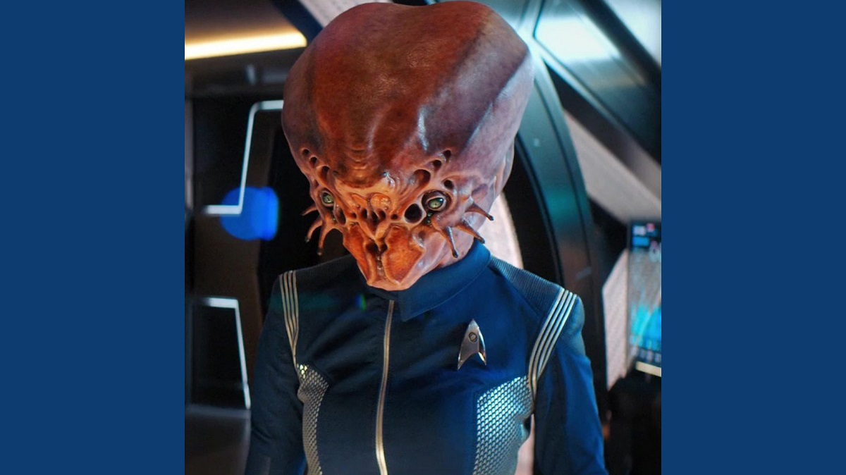 Still of Avaah Blackwell as Osnullus in Star Trek: Discovery.