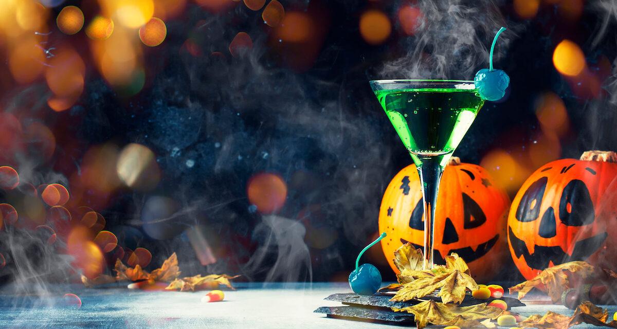 HAPPY HALLOWEEN! 10 Horror Movie Inspired Cocktails