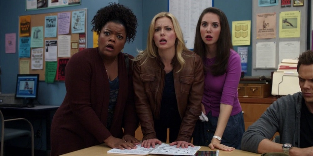 "Still of Yvette Nicole Brown, Gillian Jacobs and Alison Brie in Community's ""Cooperative Calligraphy."""