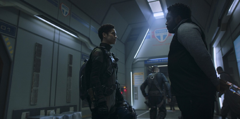 Still of Dominique Tipper as Naomi Nagata and Chad L. Coleman as Fred Johnson in The Expanse. Photo courtesy of Amazon Studios.