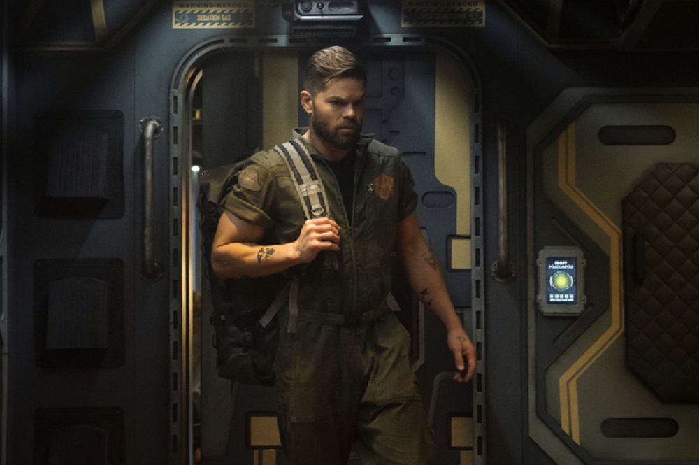 Still of Wes Chatham as Amos Burton in The Expanse. Photo credit: Brendan Adam-Zwelling.